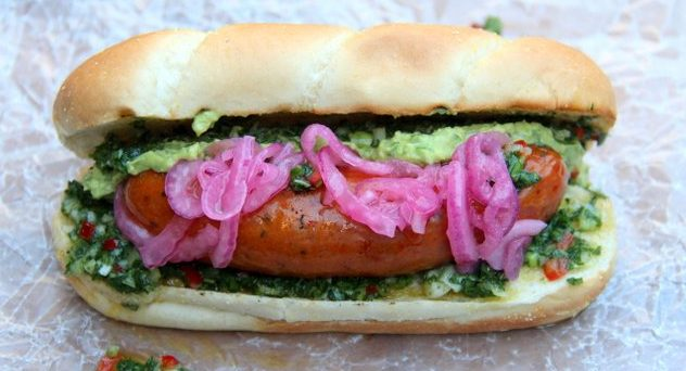 12-Choripan-can-also-be-served-with-pickled-red-onions-and-some-guacamole-for-the-ultimate-Latin-hot-dog-experience