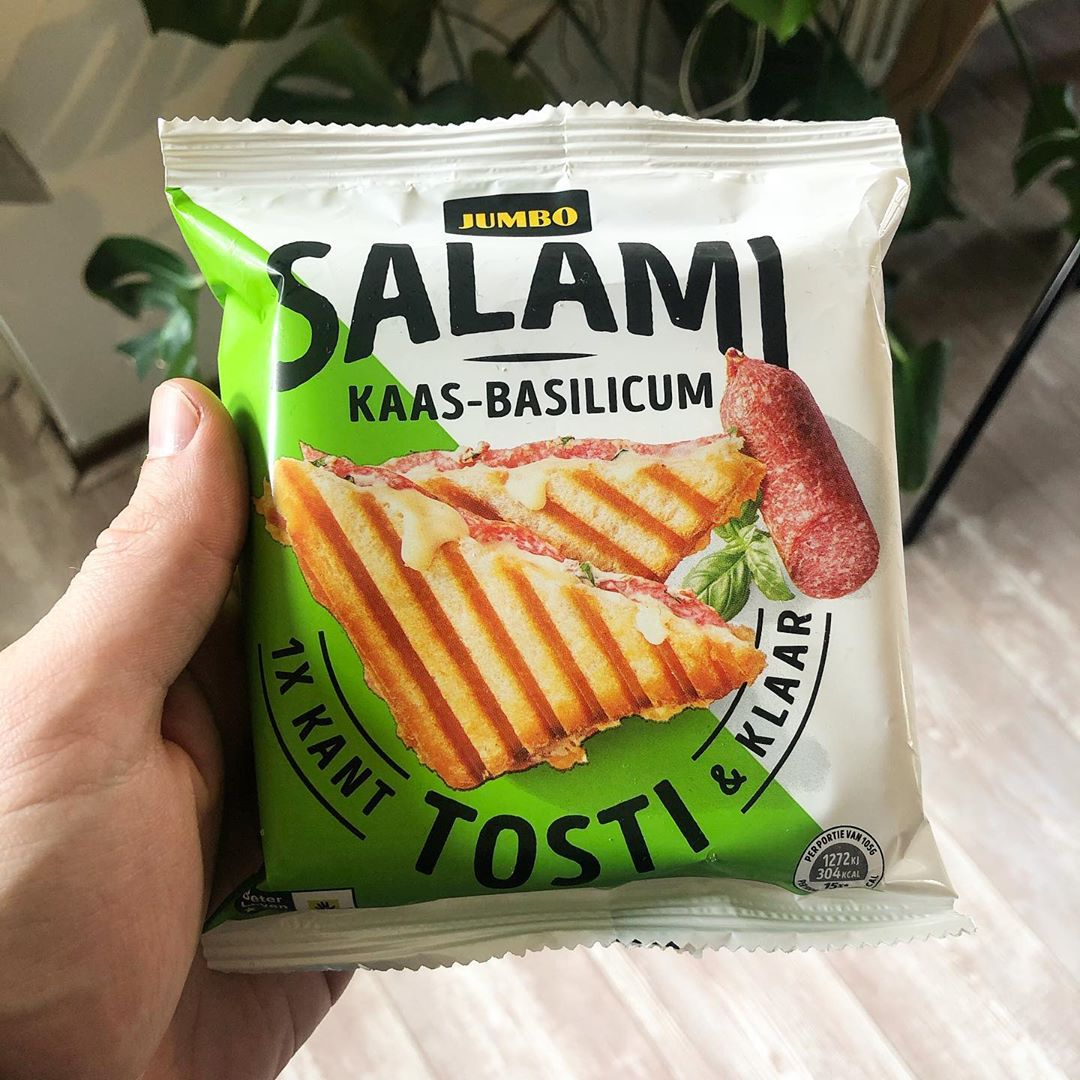 salami kaas-basilicum tosti