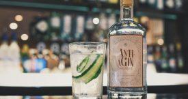 Een jonge huid door drinken gin