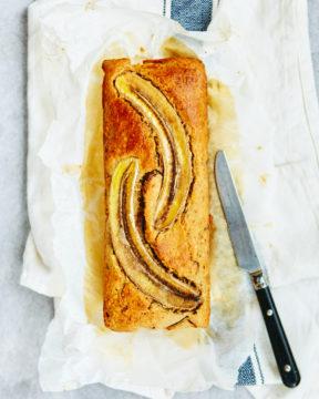 Bananenbrood met walnoten en cranberry