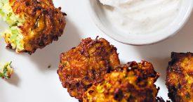 Turkse courgettekoekjes met yoghurtdip