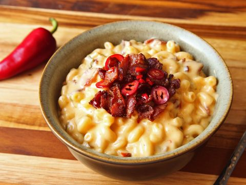 Jalapeno-Bacon Mac and Cheese