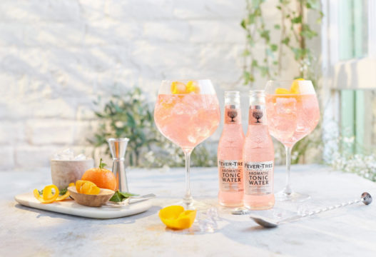 Fever-Tree Aromatic pink drinks