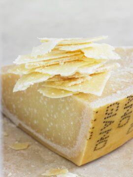 Parmezaanse kaas vlokken