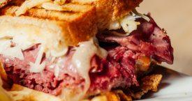 Waar blijven deze 5 American sandwiches?