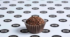 Nee, het is geen chocoladetruffel, maar een brigadeiro