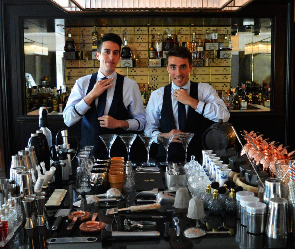 Vault-Bar-bartenders-duo-Wilson-r-Tiago-l-kopie-2-1024x864