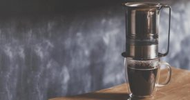 Koffie van Lulu's hand