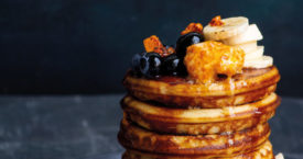 Ricottapancakes met honeycomb-boter