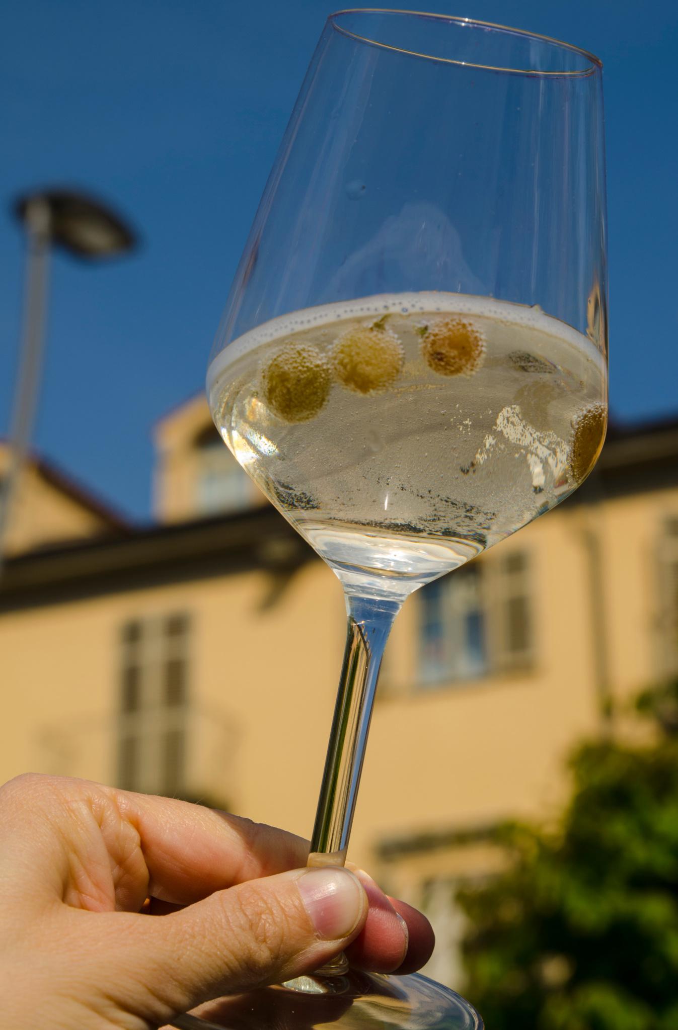 bevroren druiven in wijn