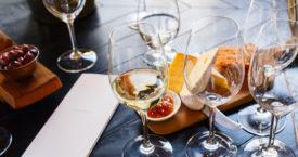 Zo organiseer je thuis een wijnfeest
